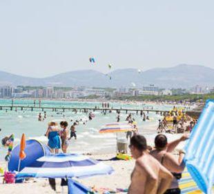 Strand am Tag allsun Hotel Eden Playa