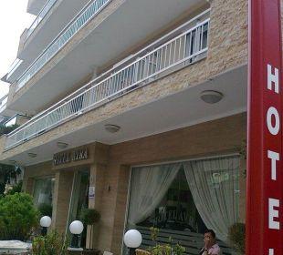 Front Hotel Avra