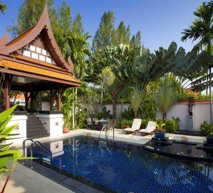 Two Bedroom Deluxe Pool Villa Garten Hotel Banyan Tree Phuket