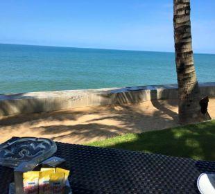 Blick vom Frühstückstisch Hotel Chong Fah Beach Resort