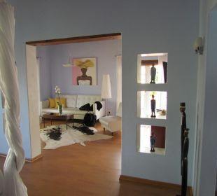Wohnbereich mit Flachbild-TV Hotel Rothman Manor