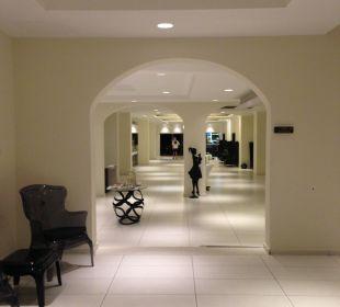 Waiting area Hotel Golden Beach