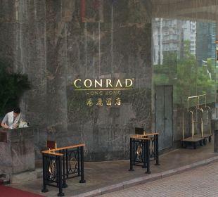 Eingang Hotel Conrad Hong Kong