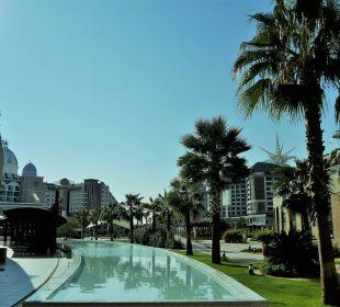 Ausschnitt der Poolseite vom Hotel Aska Lara Aska Lara Resort & Spa