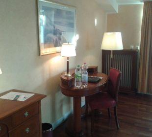 Der Schreibtisch Vier Jahreszeiten Kühlungsborn -  Hotel