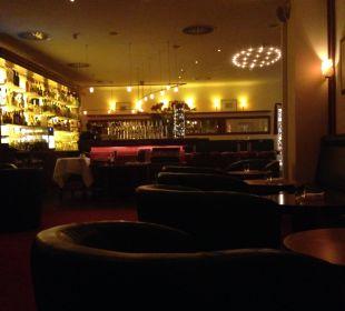 Große Bar mit ausgezeichnetem Angebot Grand Hotel Binz by Private Palace Hotels & Resorts