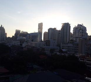 Ausblick vom Balkon  Hotel Glow Trinity Silom