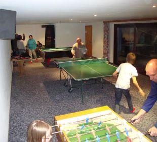Großer Spielraum für Groß und Klein AlpenApart Haus Engstler