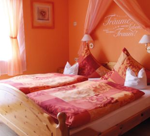 """Orange Zimmer"" Pension Rehblick"