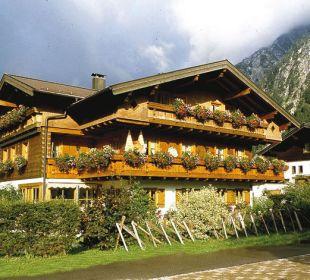 Haus im Sommer Ferienwohnungen Andreas Huber