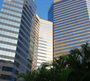 Außenansicht vom Pool Renaissance Harbour View Hotel Hong Kong