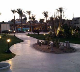 In der Abenddämmerung Hotel Iberotel Makadi Beach