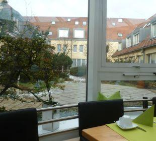 Aussicht vom Frühstücksraum Comfor Hotel Frauenstrasse