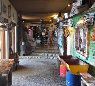 Haupthaus Etosha Safari Camp
