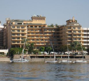 Aussenansicht Steigenberger Hotel Nile Palace