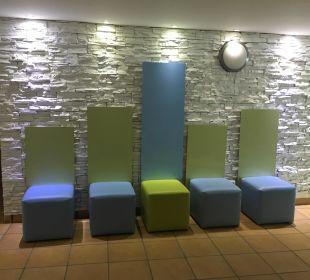 Phantasievolles Mobiliar Gloria Palace Amadores Thalasso & Hotel