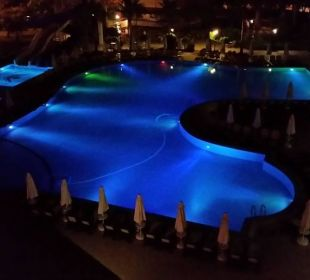 Pool bei Nacht Side Sun Bella Resort & Spa