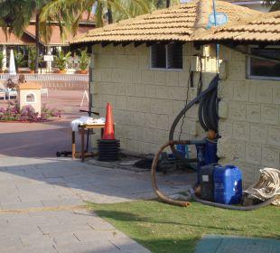 Poolhäuschen, auch keine Schönheit Hotel Holiday Inn Resort Goa