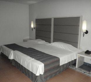 Zimmer 7015 Memories Miramar Havana