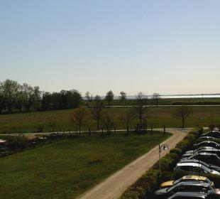 Blick auf Parkplatz Best Western Hotel Hanse-Kogge