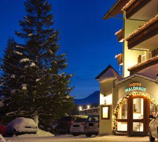 Hotel Eingang Hotel Waldhaus am See