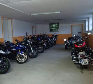Garage für Motorräder Gasthof Pension Birkenhof