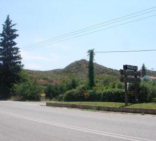 Wejśćie Hanioti Village Hotel