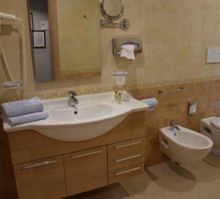 Großes Badezimmer Hotel Caravel