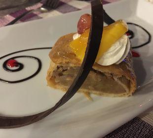 Lecker Dessert Dana Beach Resort