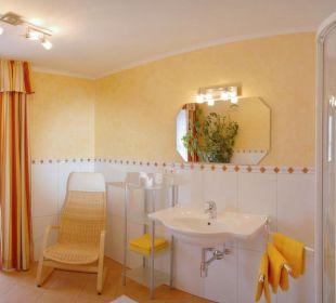 Badezimmer im italienischen Stil Apartment Hotel Bio-Holzhaus Heimat