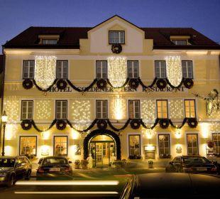 Außenansicht im Winter Hotel Goldener Stern