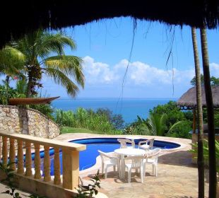 Blick auf den Pool Hotel Pousada Colibri