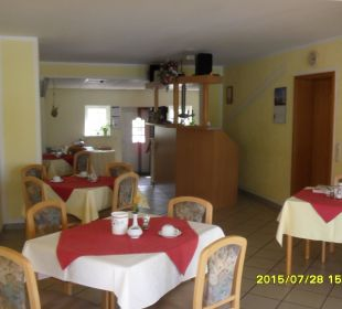Frühstücksraum mit Bar Hotel-Pension Keller