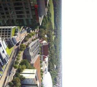 Nach hinten Richtung Zoo (Parkhaus) Hotel The Westin Leipzig