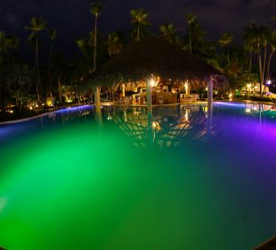 Bei Nacht  Hotel Vista Sol Punta Cana