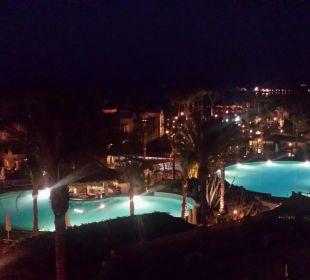 Ausblick in der Nacht Hotel Iberotel Makadi Beach