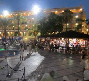 Gemütlicher Abend an der Poolbar, inkl. Show Hotel Mirador Maspalomas Dunas