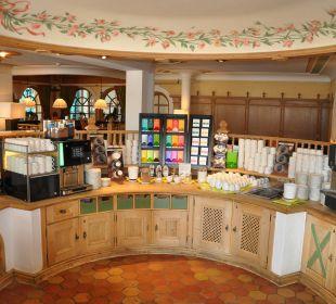 Getränkestation 24Std Leading Family Hotel & Resort Alpenrose