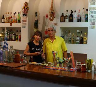 Die Hotelbesitzer Maria & Dimitri Hotel Dimitra