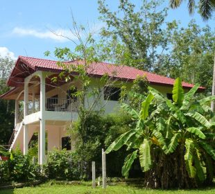 Unser Gästehaus inmitten im Grünen an ruhiger Lage Guest House Green Garden House