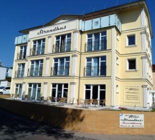 Außenansicht von der Wilhelmstraße Aparthotel Strandhus