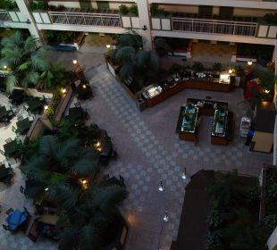 Innenhof  Hotel Frühstücksbereich