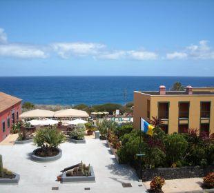 Blick 2 Etage vom Balkon Hotel Las Olas