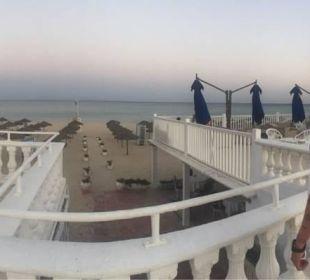 Vom Pool zum Strand  Hotel Samira Club
