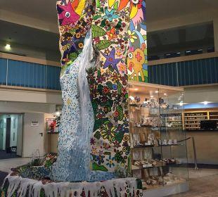 Kunst im Eingang AHORN Seehotel Templin