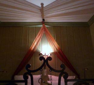 Das Bett beleuchtet Hotel Forsthaus Damerow