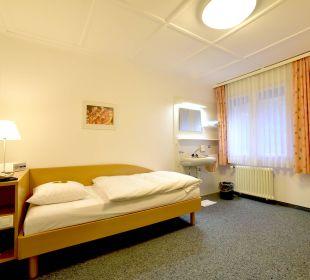 Einzelzimmer ohne WC/Dusche Hotel Zentrum Ländli