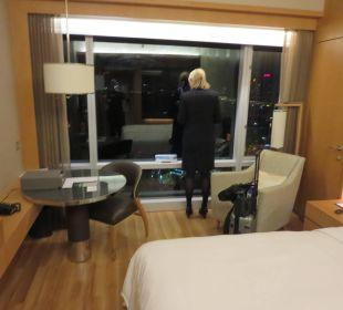 Zimmer 2417 Renaissance Harbour View Hotel Hong Kong