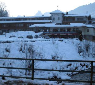 Verschneites Hotel Bergkristall Hotel Bergkristall