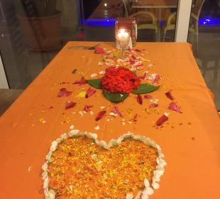 Schönen Tisch am letzten Abend  Hotel Titan Select